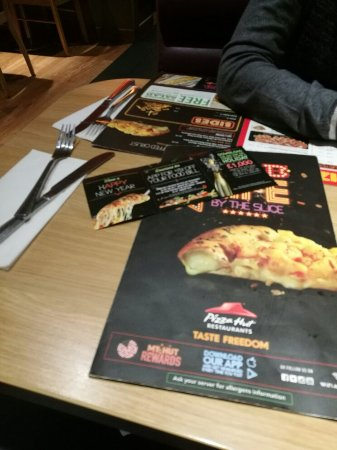 Pizza Hut West Thurrock New Restaurant Unit Menu