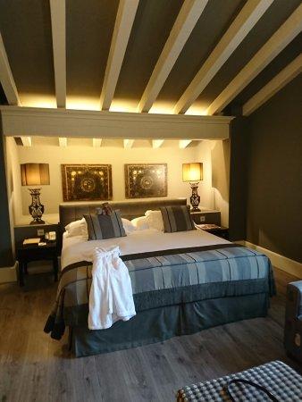 Hotel Iturregi : Chambre Zarautz