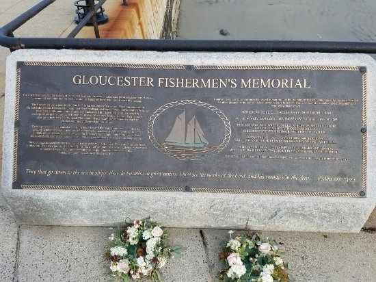 Fishermen's Memorial Monument: 20171101_155402_large.jpg