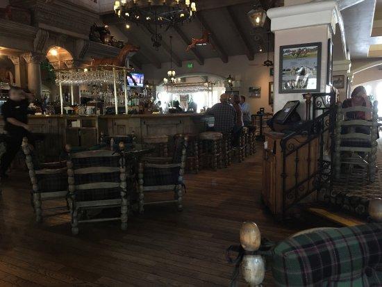 Harris Ranch Restaurant: photo0.jpg