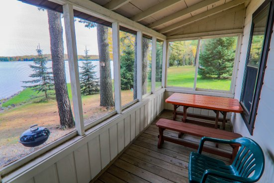 Presque Isle, WI: Sunfish Cabin Screen Porch