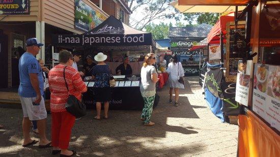Eumundi, Australien: Food stalls