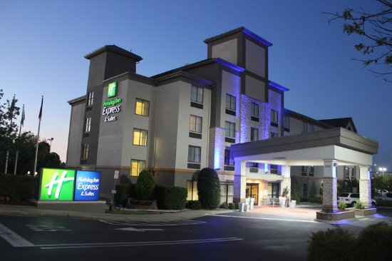 Holiday Inn Express Charlotte - Concord / I-85: Hotel Entrance