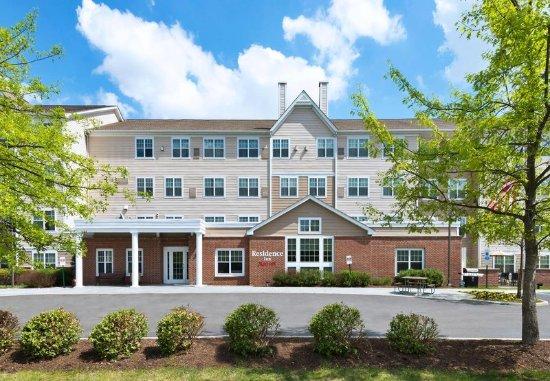 Stanhope, Нью-Джерси: Entrance