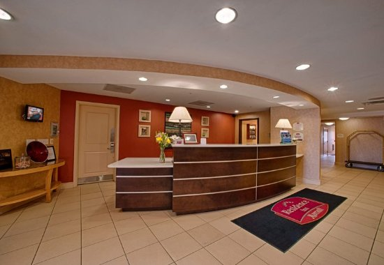 Neptune, Нью-Джерси: Lobby Front Desk