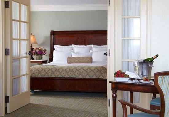 Point Clear, AL: Honeymoon Suite
