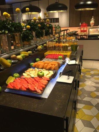 Lemon Garden at Shangri-La Hotel, Kuala Lumpur : photo2.jpg