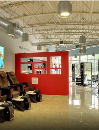 Oviedo, FL: Beautiful salon and spa!