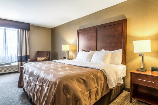 Salem, IL: Guest room