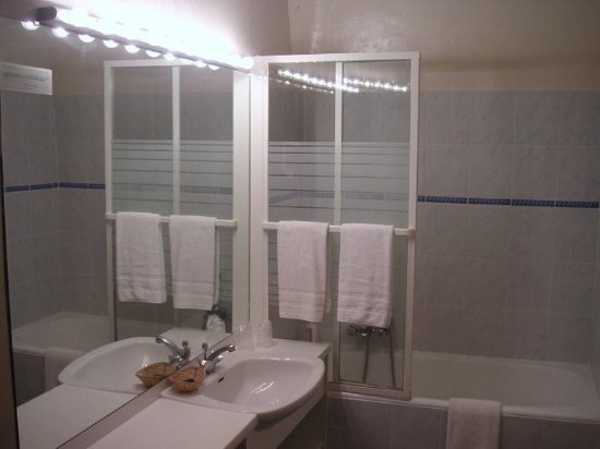 le grand monarque bewertungen fotos preisvergleich azay le rideau frankreich. Black Bedroom Furniture Sets. Home Design Ideas