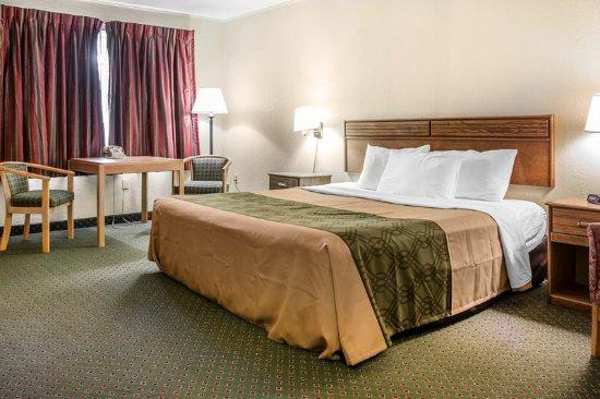 Wetmore, MI: King Room