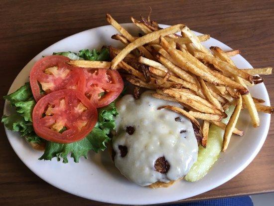Chester, VT: Superb Hamburger!