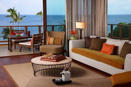 Laem Set, Tailandia: Sasha Suite Living Room