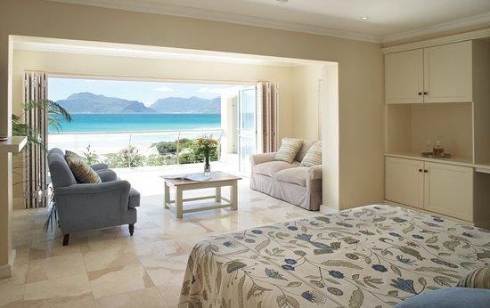 The Last Word Long Beach: TLWLong Beach Suite