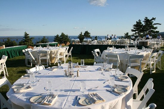 Northport, ME: Point Lookout Resort Wedding 3
