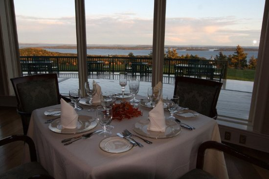 Northport, ME: Point Lookout Resort Dining