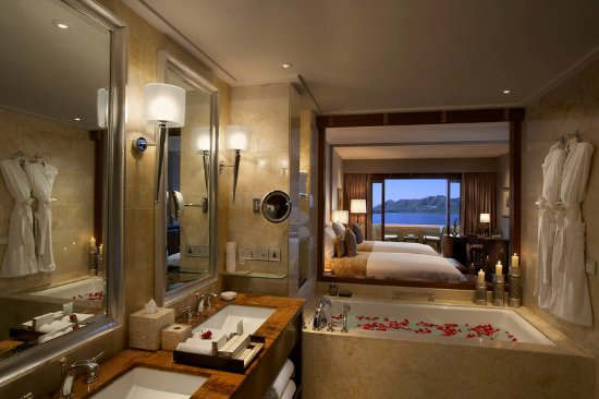 The Leela Palace Udaipur: Guest Room