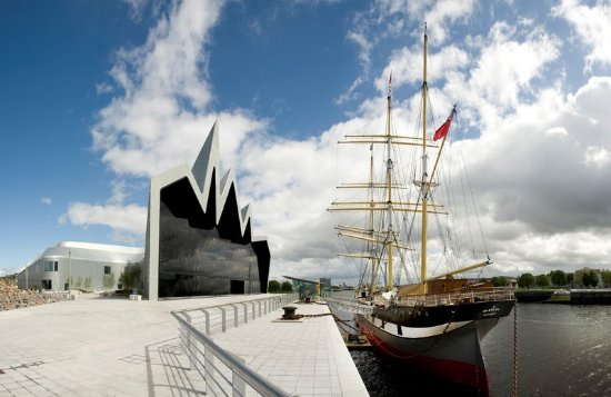 Hilton Glasgow Grosvenor Hotel: Riverside Museum & The Tall Ship
