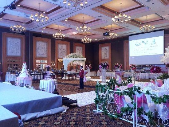 Fraser residence jakarta wedding