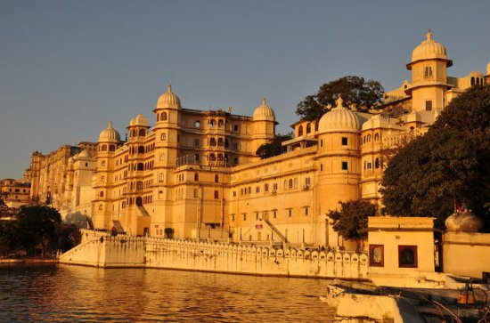 Private 3 Day City Tour of Udaipur...