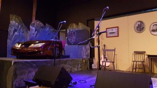 Trinity, Канада: Dinner Theatre - stage setup