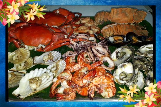 Pearl Restaurant at Linaw Beach Resort: New price update: SEAFOOD PLATTER (good for 2 PERSONS) @ 1,500Php (750/person)= 1 platter