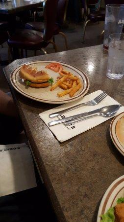 Angie's Restaurant: Burger & fries