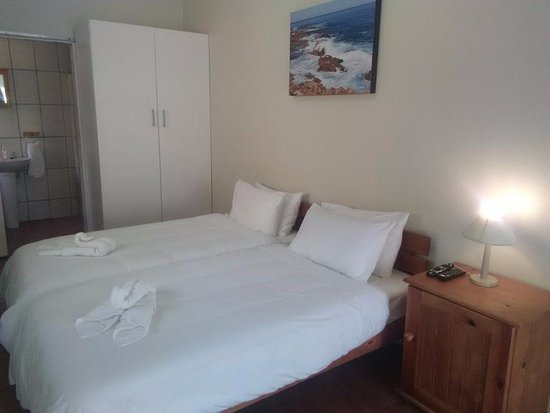 Dana Bay, South Africa: Unit 7 Twin beds