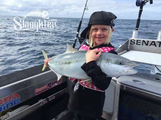 Houhora, نيوزيلندا: Karmen with a nice Kingfish