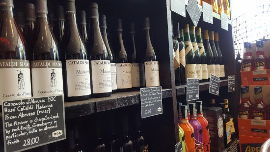Small wine shop at D.O.C. Mornington