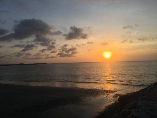 Kelan Beach: Atardecer en la playa