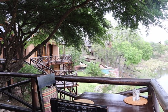 Lukimbi Safari Lodge Image