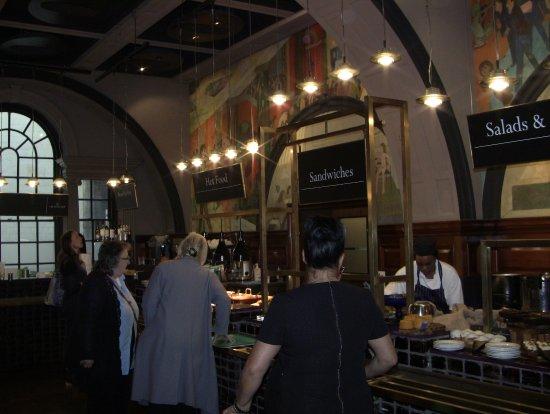 Royal Academy of Arts: trivelig cafe