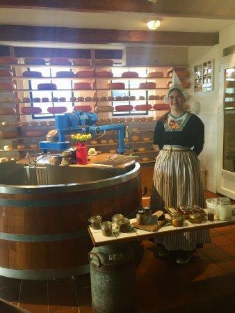 Katwoude, Holland: Demonstratie kaas maken