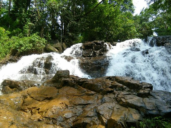 Sullia, India: Chamadka Waterfalls