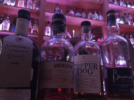 Craigellachie, UK: The Copper Dog