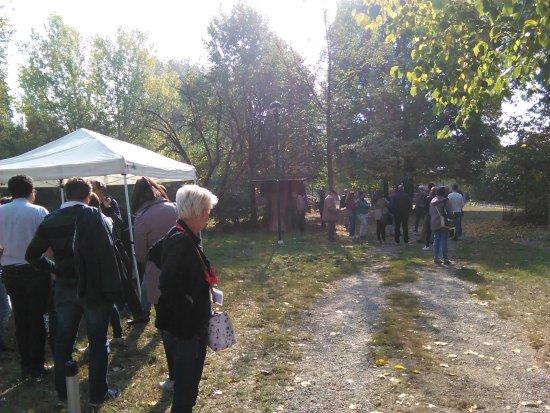 Cascina Favaglie: L'ingresso del parco e museo