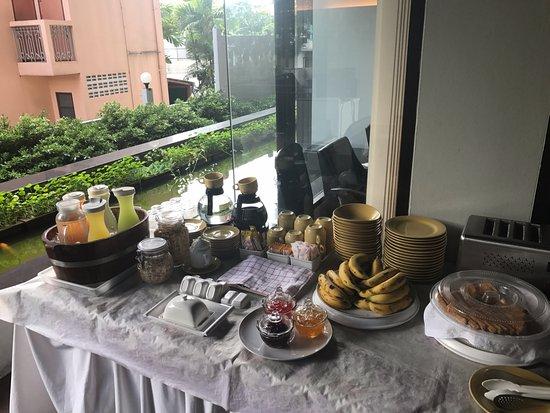 Baan K Residence by Bliston: breakfast