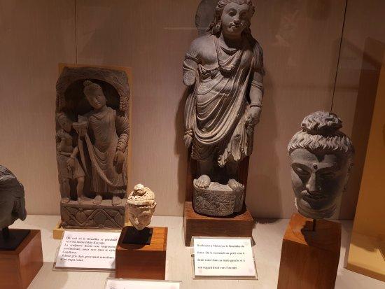 Musée Asiatica : Estátuas do Buda