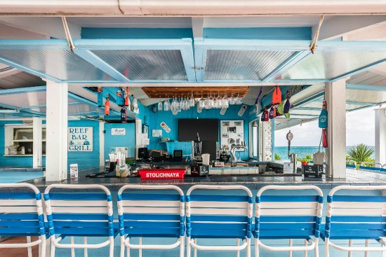 Hope Town, Elbow Cay : Reef Bar & Grill