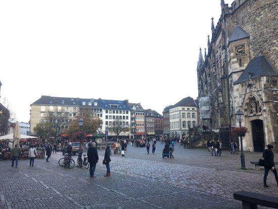 Markt: photo0.jpg