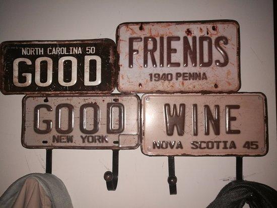 Percheros originales - Picture of Essenza Wine Bar, Rome - TripAdvisor