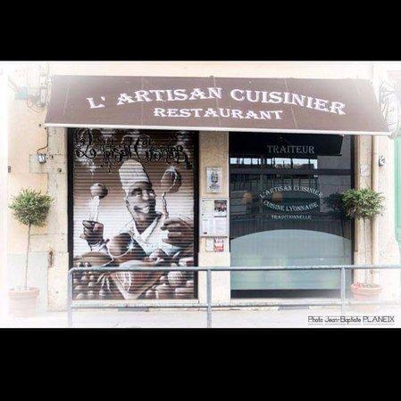 Restaurant l 39 artisan cuisinier dans lyon avec cuisine for Cuisinier extra