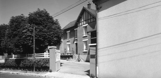 Crouttes, France: la maison champagne R. Gerbaux