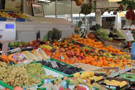 D Alessandro Food Market