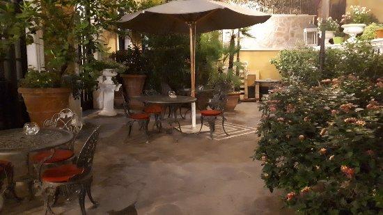 Villa San Lorenzo Maria Hotel: 20171026_235656_large.jpg