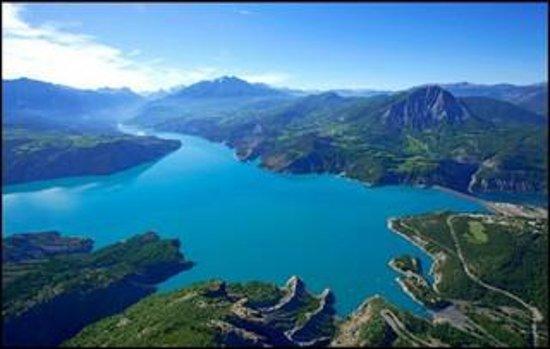 Lac Serre Poncon : Lac de serre ponçon bild von lac de serre ponçon savines le lac