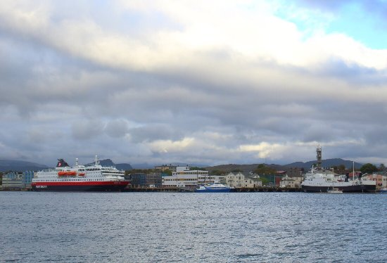 Bronnoysund, Norwegia: The harbour