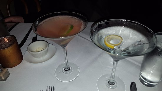 Halifax, VA: Great Cosmo and PERFECT dry martini!