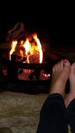 Lawrenceville, VA: Love the firepit!